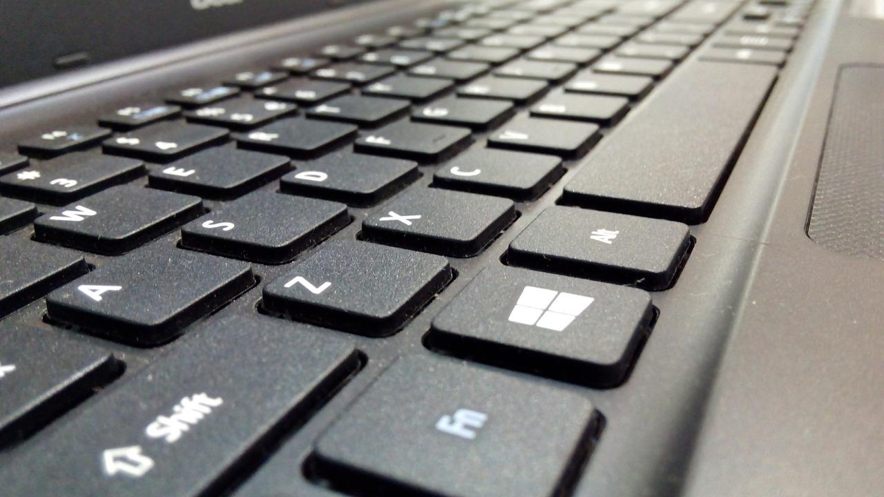 Microsoft: Umsatz wächst, Gewinn sinkt