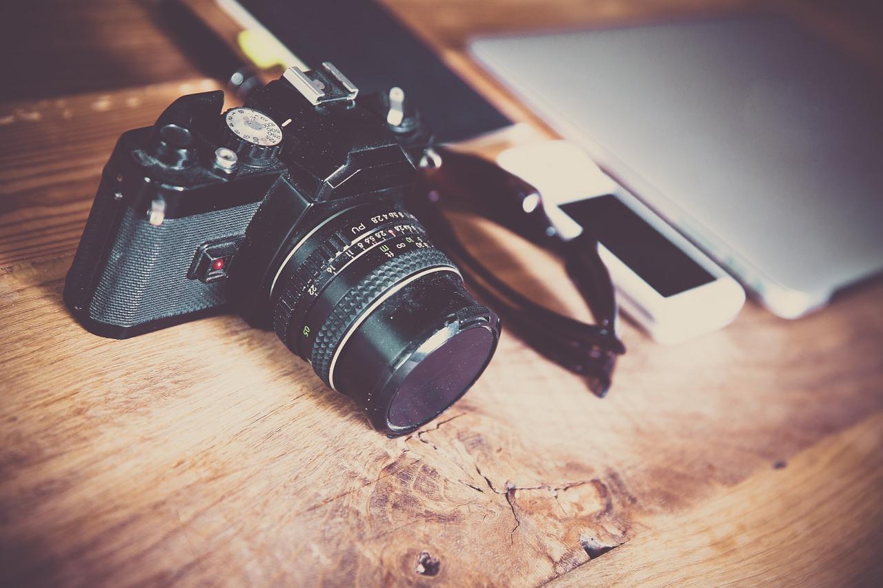 Fotos via Smartphone: Kamerahersteller müssen zittern