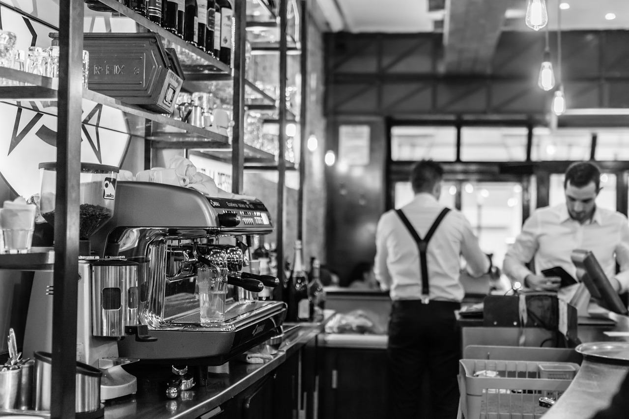 Ready2Order macht Kellner überflüssig: Gäste ordern im Lokal per App