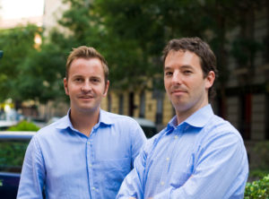 © busuu: Bernhard Niesner (l.) mit Co-Founder Adrian Hilti