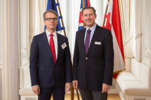 vlnr. Volker Eutebach, Lloyd's of London, Christian Pedak, CEO L'AMIE. (c) L'AMIE direkt