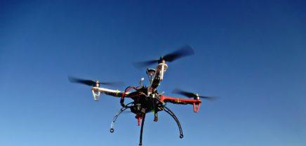 Auch Drohnen müssen ein Nummernschild haben