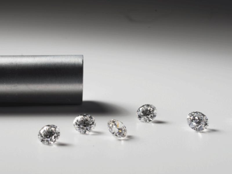 10 Milliardäre und Leonardo DiCaprio investieren in Startup, das Diamanten züchtet