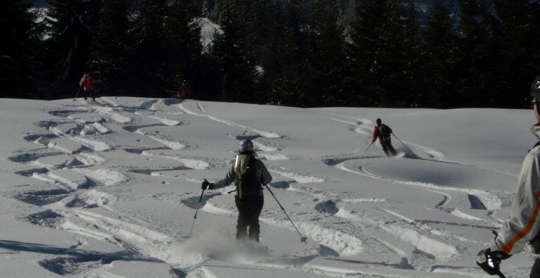 NeverLose: Diebstahlschutz und Ski-Finder für den Tiefschnee