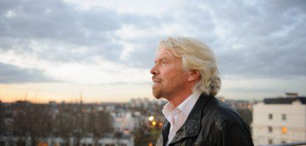 """Tipp von Richard Branson für Gründer: """"Tu es einfach!"""""""