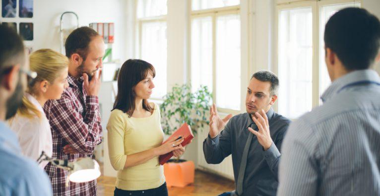 Checkliste: So klappt es mit dem Business unter Freunden