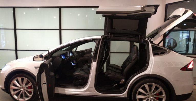 Einsatz in Manhatten – mit dem Tesla Model X