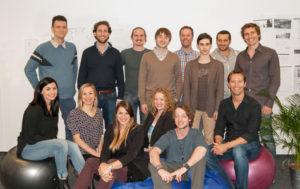 (c) TourRadar: Das Team von TourRadar mit Gründer Travis Pittman (rechts unten).
