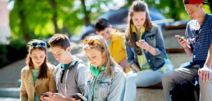 """Lehrberuf.info: Mit einem """"Hallo"""" auf WhatsApp zur Lehrstelle"""