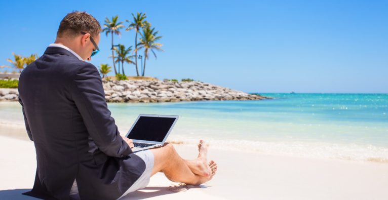 Arbeitsreicher Sommer? Sieben Founder über Urlaub und Workation