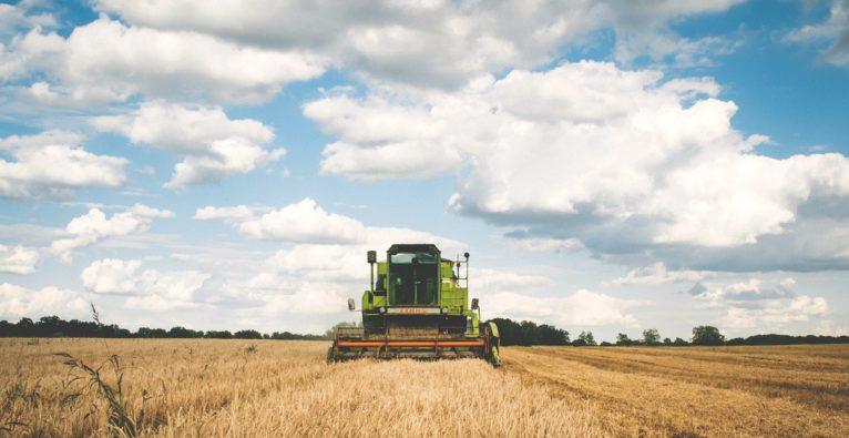 Chatbot Steckbrief: Der Landwirt-Bot hilft beim Kauf von Traktoren
