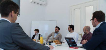 CIOs unter sich: Von der Schwierigkeit, an DeveloperInnen zu kommen