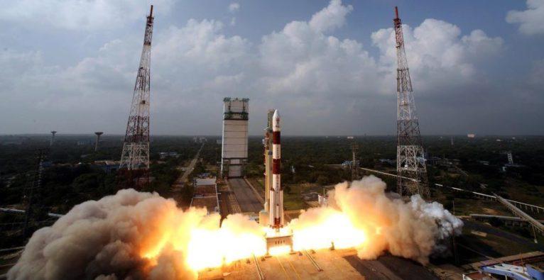 Mit so einer Trägerrakete wurde der Nanosatellit mit Enpulsion-Antrieb ins All befördert (Bild aus dem Juni 2017).