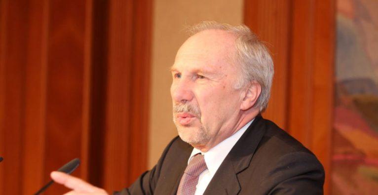 Nationalbank-Chef Nowotny fordert Mehrwertsteuer auf Bitcoin