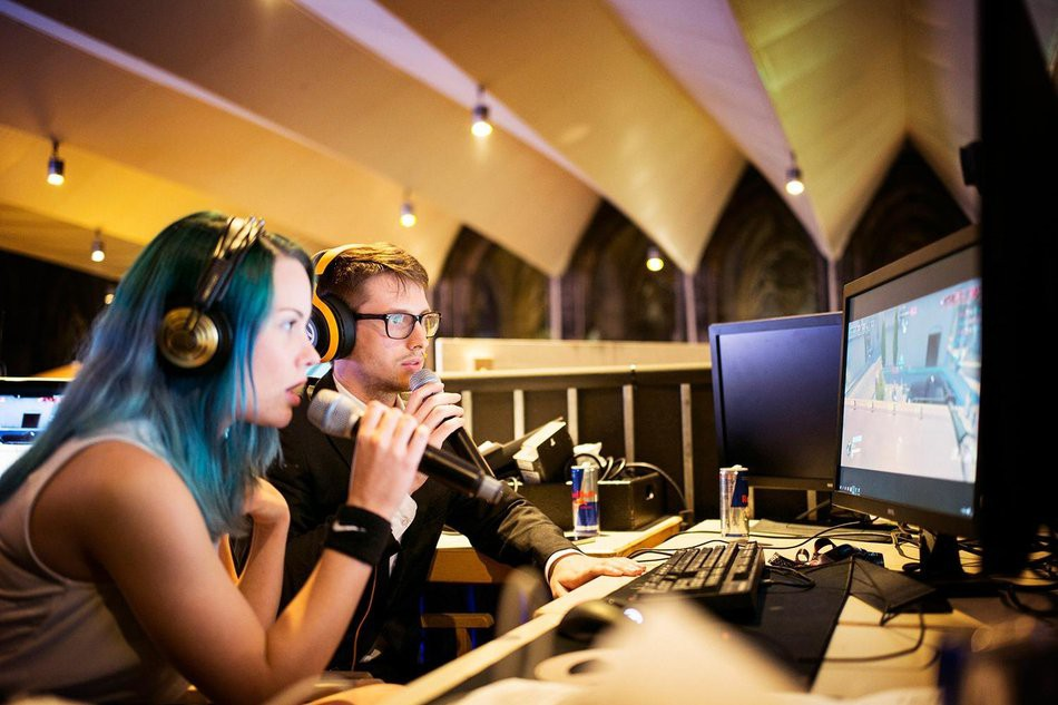 Streamerin zeigt auf, was Frauen beim Online-Gaming