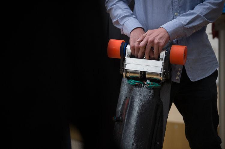 Industry meets Makers: E-Longboard