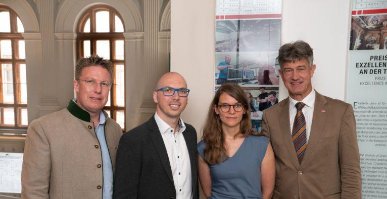 TU Graz Vizerektor Detlef Heck, die feedbackr-Founder Christian Haintz und Karin Pichler und TU Graz-Rektor Harald Kainz