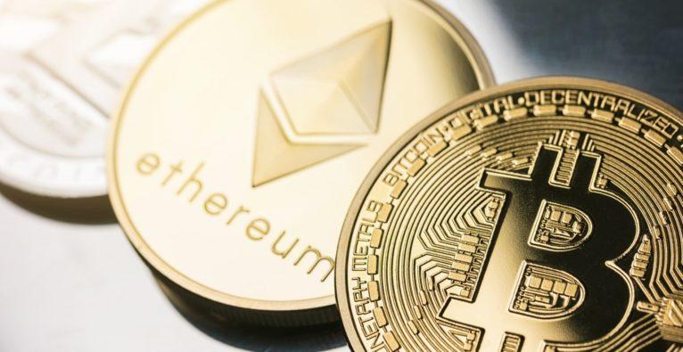 bitcoin pyrimid investieren, wie es funktioniert krypto regulierungen weltweit 2021 weitere schritte