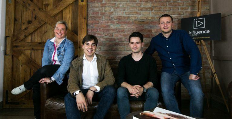 influence.vision - das Team vlnr.: Petra Höllerl, Florian Bösenkopf, Branko Markovic, Darko Stojanovic