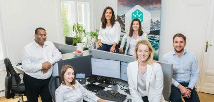 Interview: Wie Janice Goodenough mit HYDROGRID die Digitalisierung im Energiesektor vorantreibt