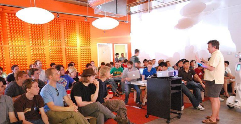 Y Combinator Startup School 15.000 Startups versehentlich aufgenommen