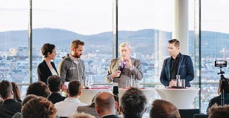 (c) Timar Ivo Batis / AustrianStartups: Hannes Androsch (2.v.r.) bei der Präsentation des 1. Austrian Startup Monitor mit Maggie Childs, Daniel Horak und Jürgen Tarbauer.