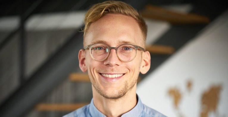 Unlearn: Hanno Burmester über das Verlernen als Basis für digitale Transformation