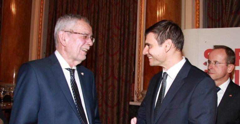 WKO: PlanRadar Co-Founder und Geschäftsführer Domagoj Dolinsek mit Bundespräsident Alexander Van der Bellen