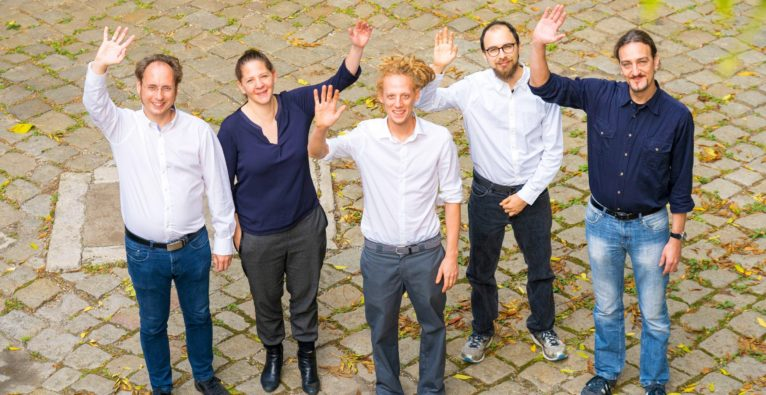 Greenpass: v.l.n.R.: Bernhard Scharf, Doris Schnepf, Florian Kraus, Nima Vali, Christian Göschl