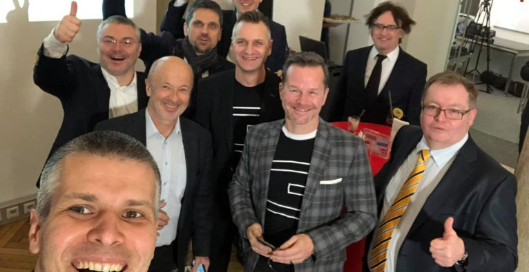Michael Eisler: Feierstimmung knapp nach dem Börsenstart der startup300-Aktie