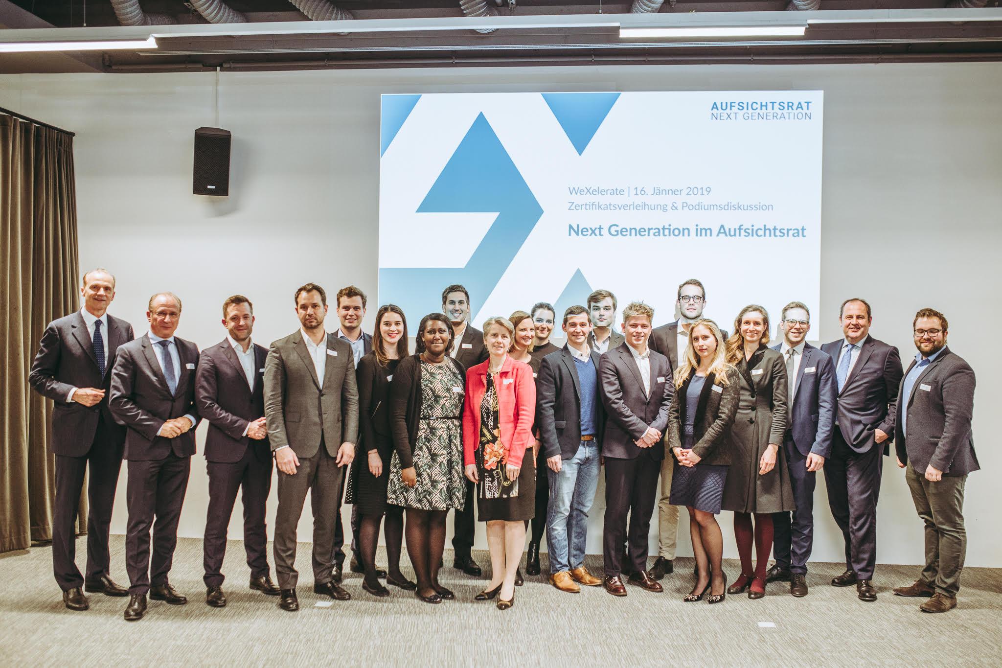 Aufsichtsrat Next Generation: Die AbsolventInnen des ersten Durchgangs und Gäste bei der Abschlussveranstaltung