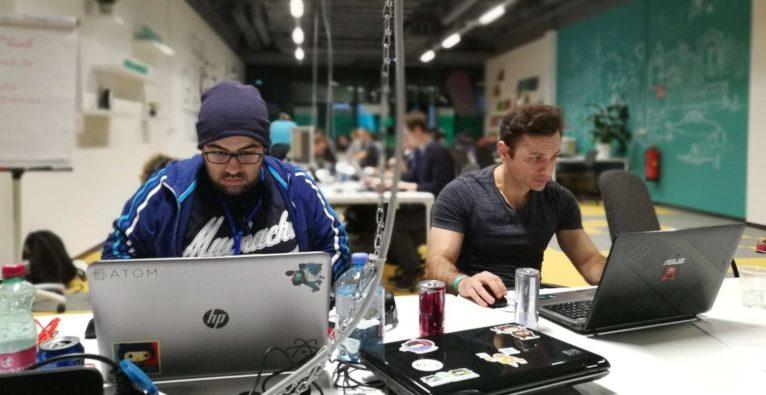 ew Austrian Coding School: Beim ersten Social Hackathon