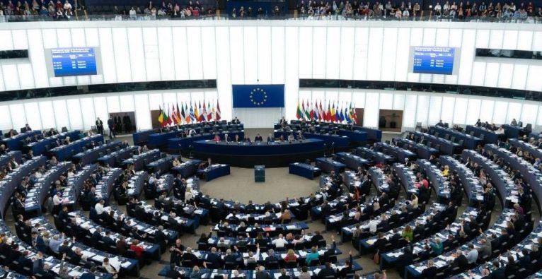 Urheberrecht EU Parlament - Wahlswiper - Klimanotstand
