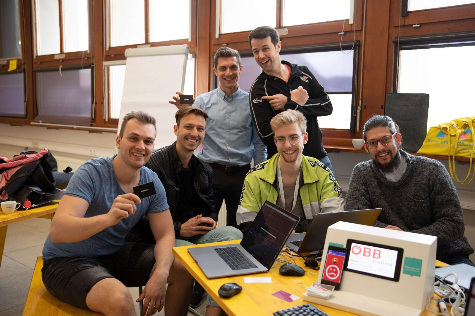 Team Blockinion beim ÖBB Blockchain Hackathon