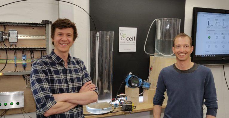 Cell GmbH: Geschäftsführer Michael Tauber und Techniker Jakob Hofer beim Versuchsaufbau