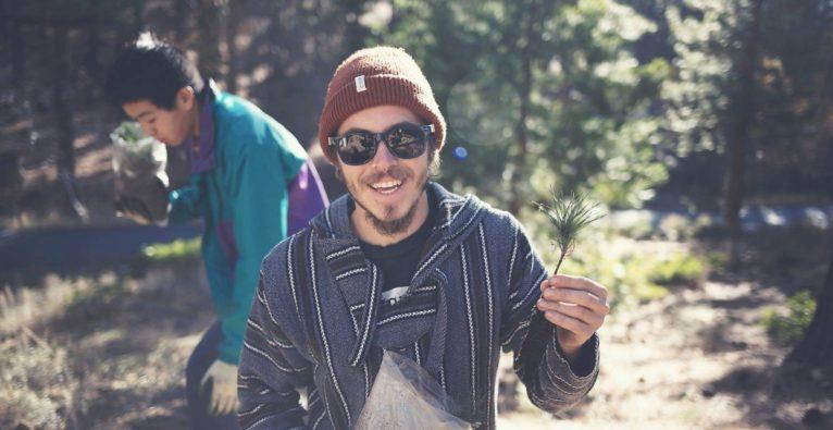 Reisebunt: Das Wiener Startup pflanzt Bäume als CO2-Kompensation für Reisende