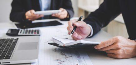 """Verträge für Startups: Rechtsfux schnürt ein """"Gründer-Rundumpaket"""""""