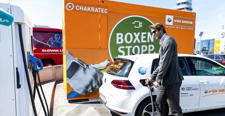 E-Auto-Highspeed-Ladestellen: Wien Energie und Chakratec testen am Flughafen Wien