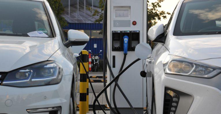 Elektroauto vs. Wasserstoffauto - ein Vergleich