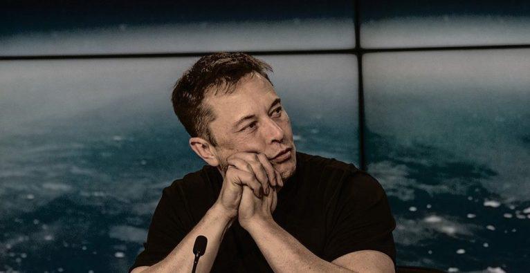 Musk, Sanders, Heuchler, Tesla, Senator, Twitter