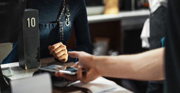 Kredit an der Kassa per Handy bezahlen mit cashpresso