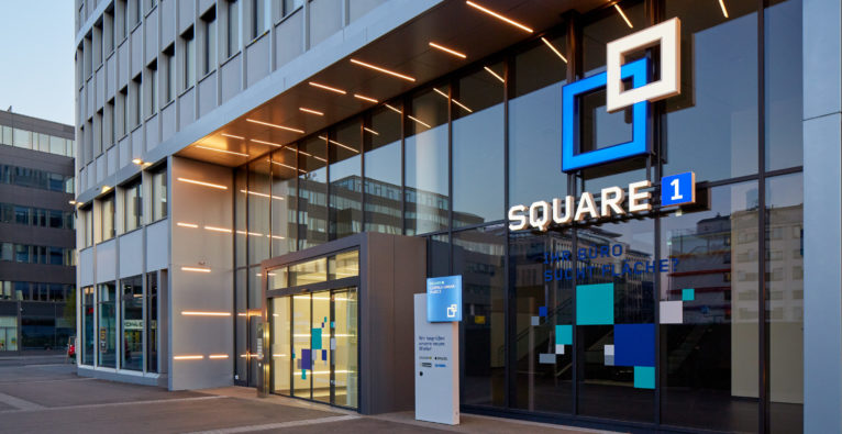 Außeneingang des neuen Spaces Square One