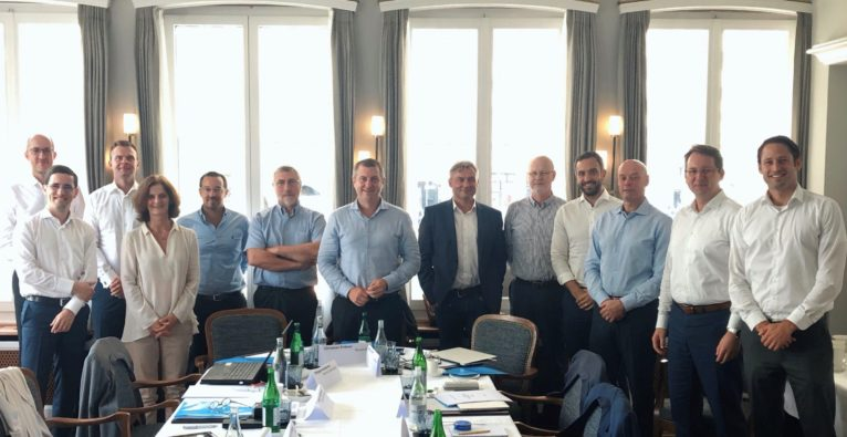 Die sieben EMPSA-Gründungsmitglieder: Claus Bunkenborg (MobilePay), Tiago Bianchi de Aguiar (SIBS/ MB WAY), Mark Majgaard Wraa-Hansen (MobilePay), Nathalie Vandepeute (Bancontact Payconiq), Gonçalo Amaro (SIBS /MB WAY), Philippe Kempeners (Bancontact Payconiq), Christian Pirkner (Bluecode), Georg Schardt (Bluecode), Bjorn Skjelbred (VIPPS), Joseph Hajj (Swish), Søren Mose (TWINT), Markus Kilb (TWINT), Anton Stadelmann (TWINT)