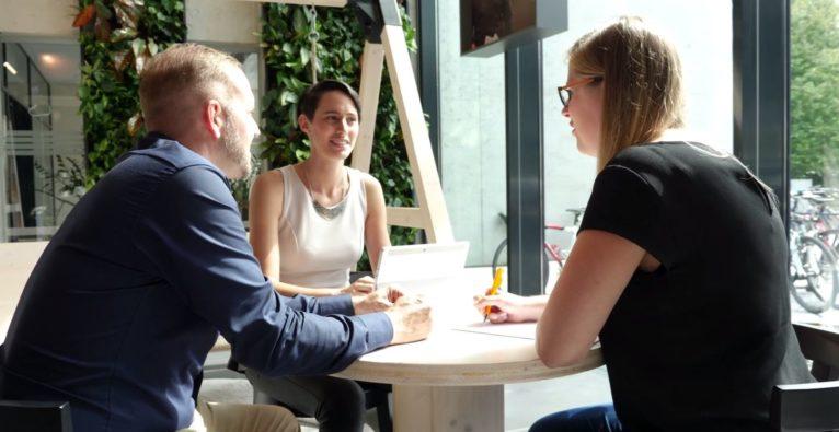 Ivellio-Vellin und aiONfire - KMU-Startup-Kooperation