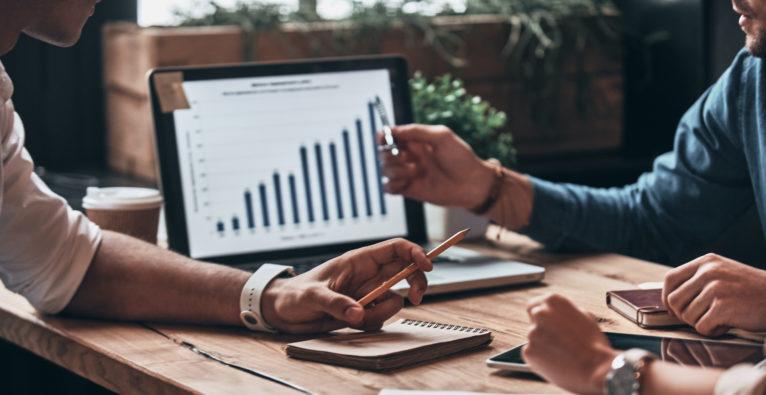 People Analytics Data HR Employee Experience - Informer Buchhaltung