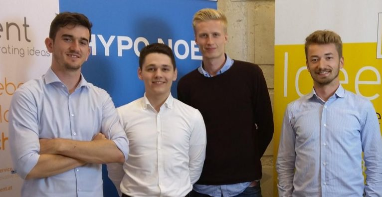 (c) derBrutkasten - das Team um die App Warrify feiert seinen Sieg und die Reise ins Silicon Valley