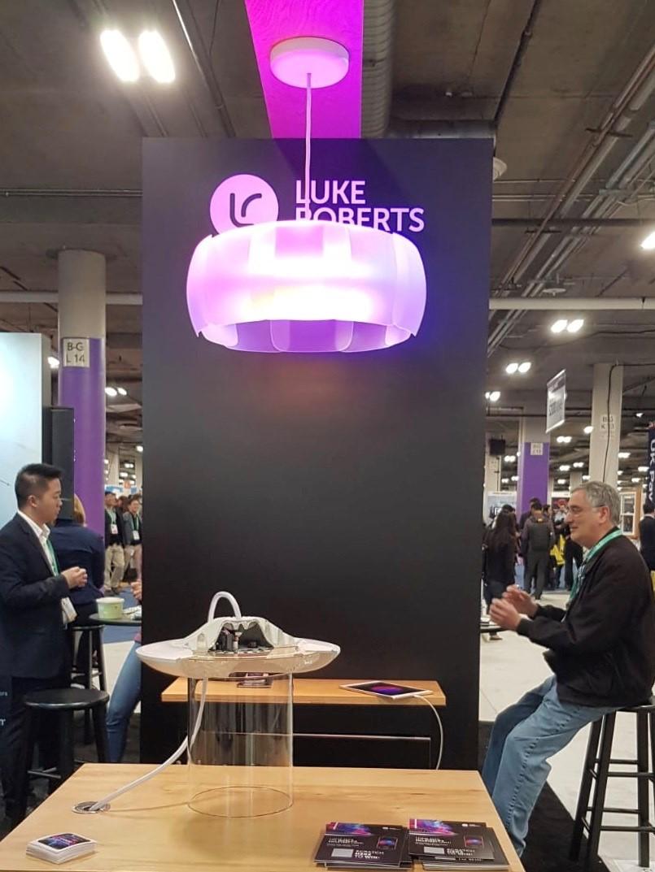 Luke Roberts: Der neue Lampanschirm Bloom auf der CES 2020