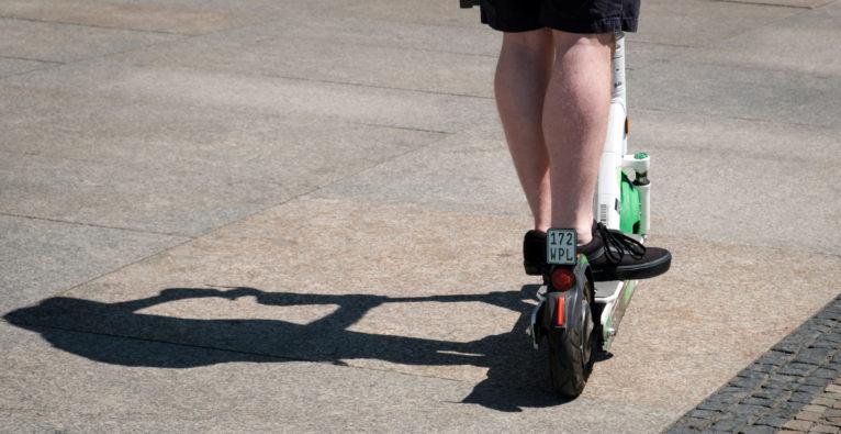 Lime: AI-Algorithmus erkennt, ob E-Scooter auf dem Gehsteig fahren - Corona-Shutdown zweitschnellstes Unicorn