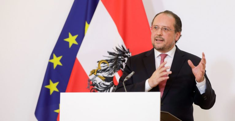 Schallenberg und Köstinger zu Reisefreiheit Österreich in der Coronakrise - Coronavirus