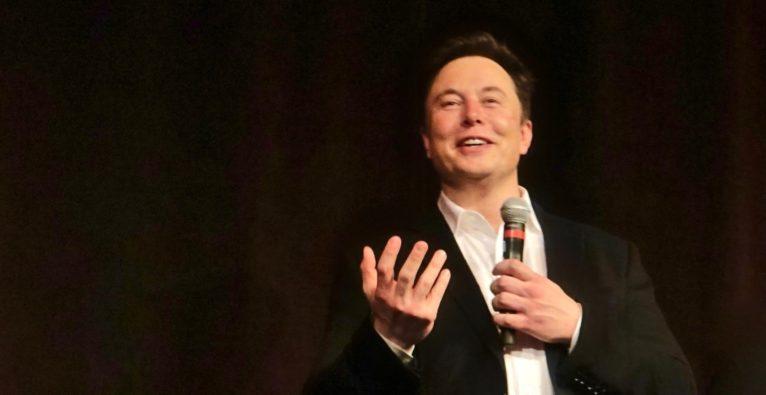 Elon Musk wollte Tesla-Fabrik trotz Lockdown-Verordnung wieder öffnen